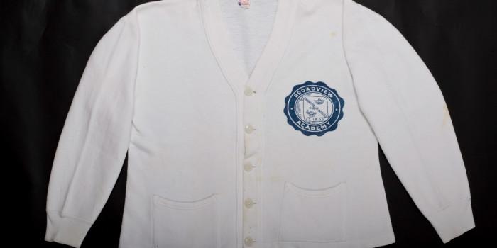 """<!--:en-->Vintage Auction File 29: Buttoned Cotton Cardigan """"Broadview Academy"""" <!--:-->"""