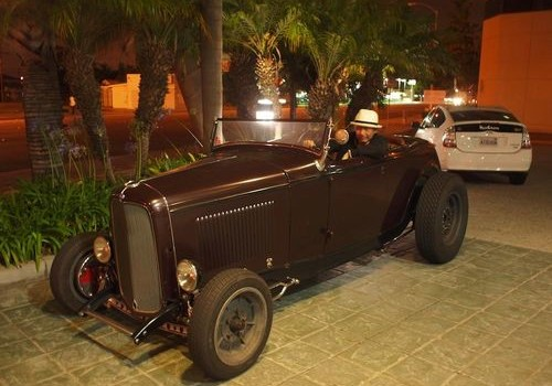 <!--:en--> &#8220;world&#8217;s smallest but coolest&#8221; hot rod party with &#8220;DUCE-TIME&#8221; Fords in 1920s-1930s at Green Glass Parking area on 2/11!!<!--:-->