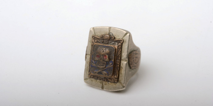 "Vintage Auction File 36: Mexican Silver Skull Ring ""13"""