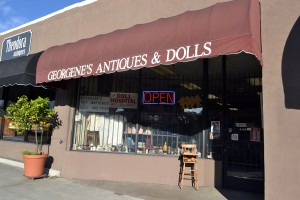 Georgene's Antiques & Dolls
